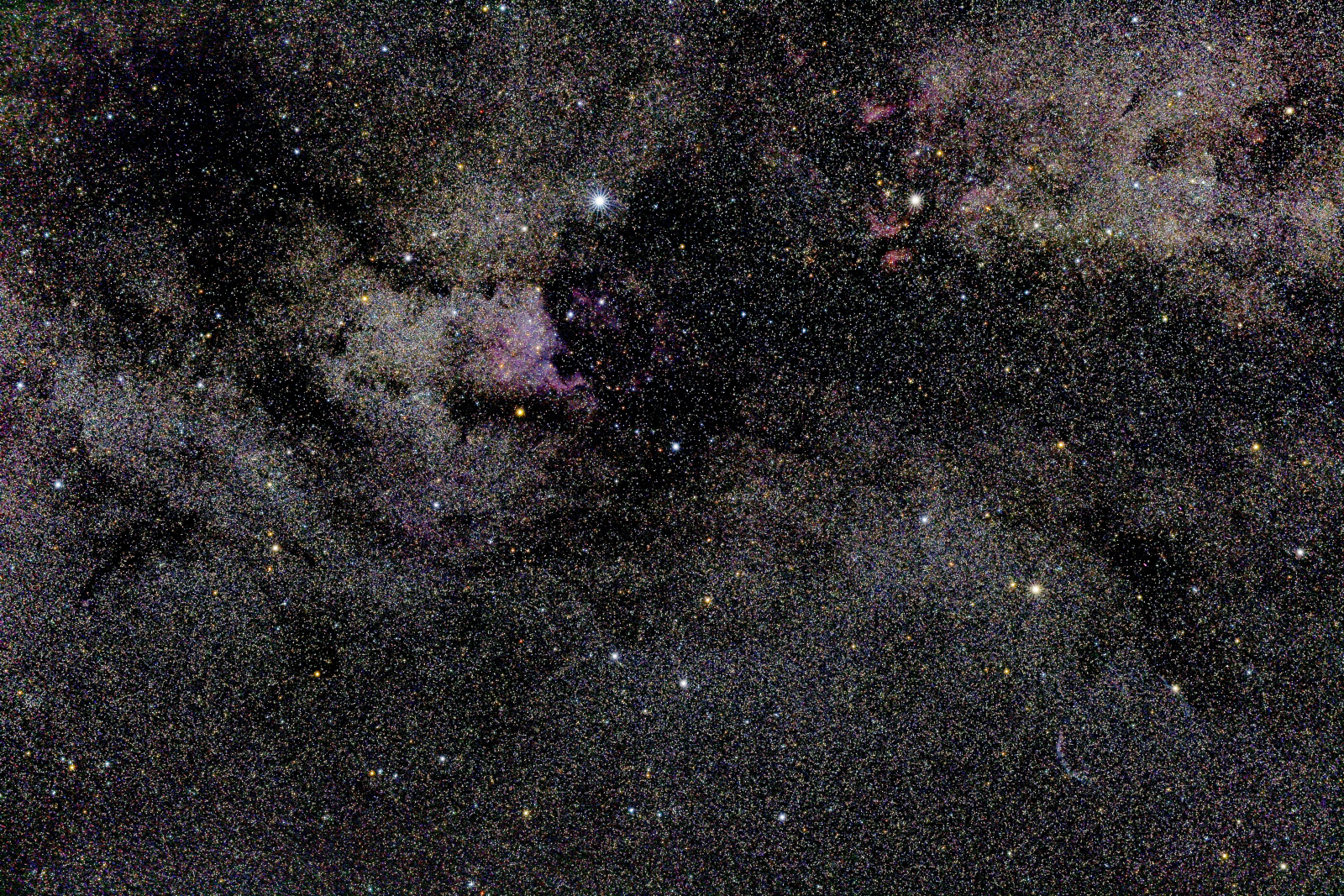 cygnus3_PIX.thumb.jpg.f85b23a24031e33bb605f93b0e47e82d.jpg