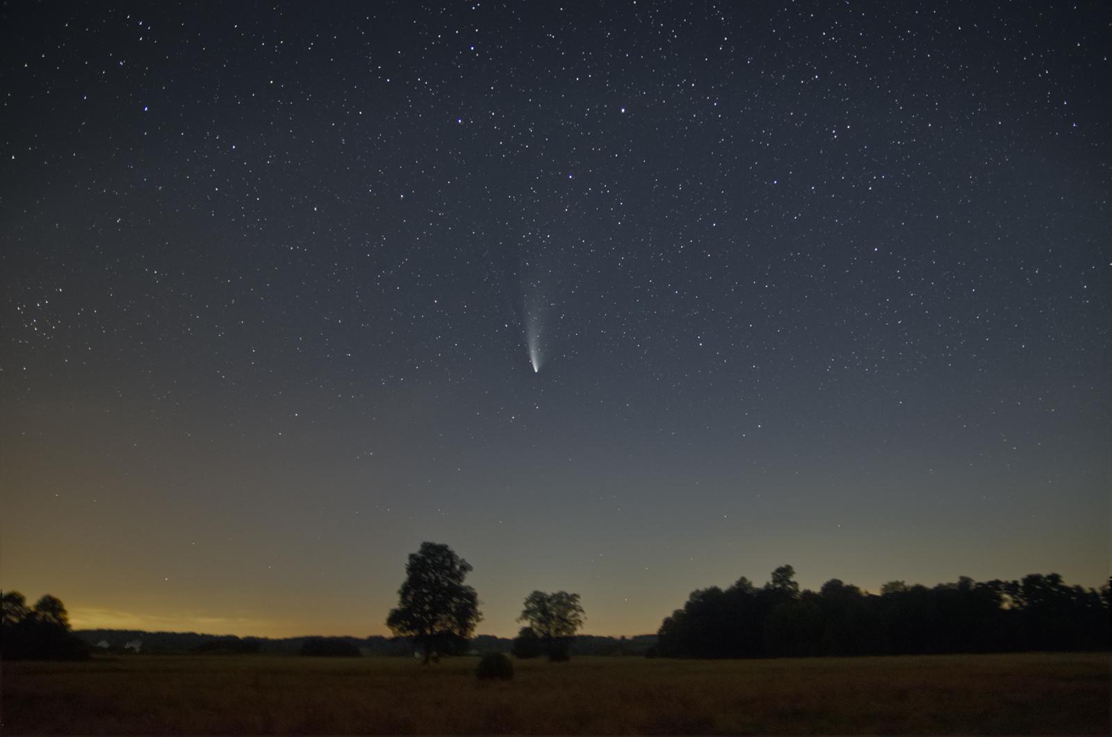 kometa.neowise-2.thumb.jpg.e145b743ad80148e56cddbbd2dfc6bef.jpg