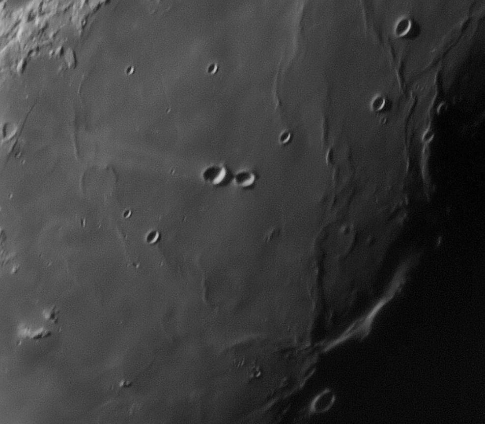 Moon_044201_g4_ap780_conv pop.jpg