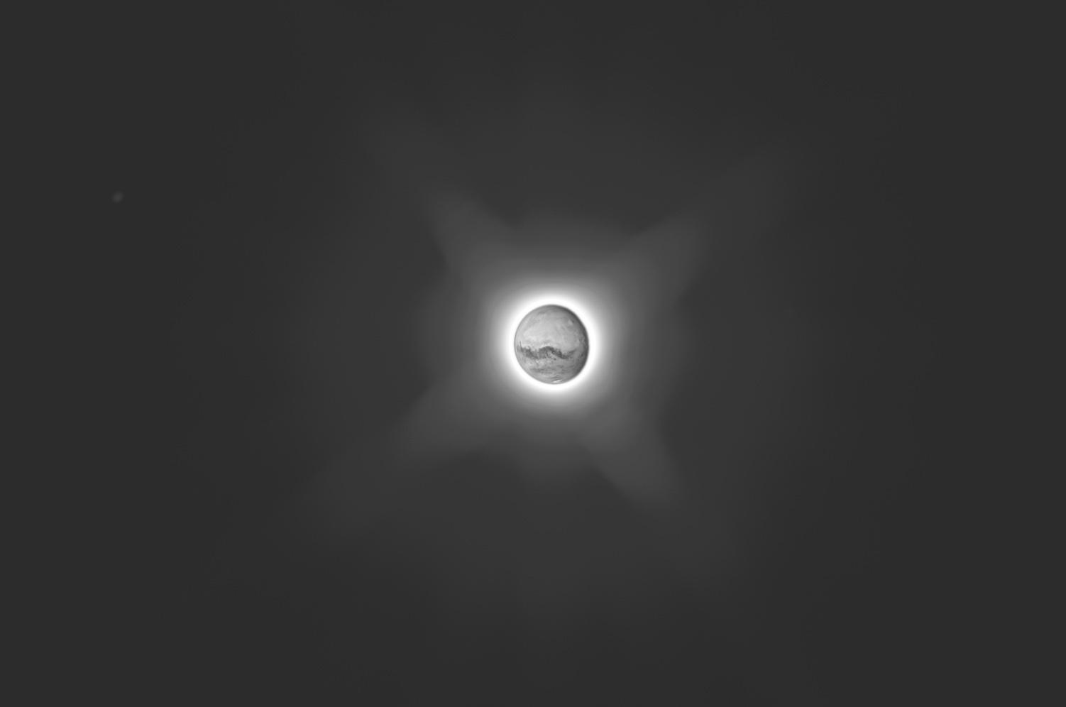 moons_1.jpg.d775863ca24e0ba43321deea18dfa1a1.jpg
