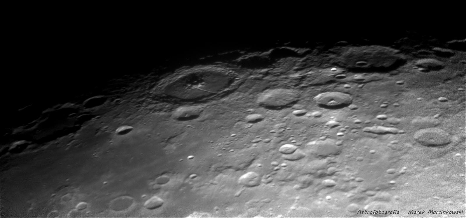 2020-12-31-2022_0-Moon_lapl4_ap174_conv_ps_regi_FB.jpg