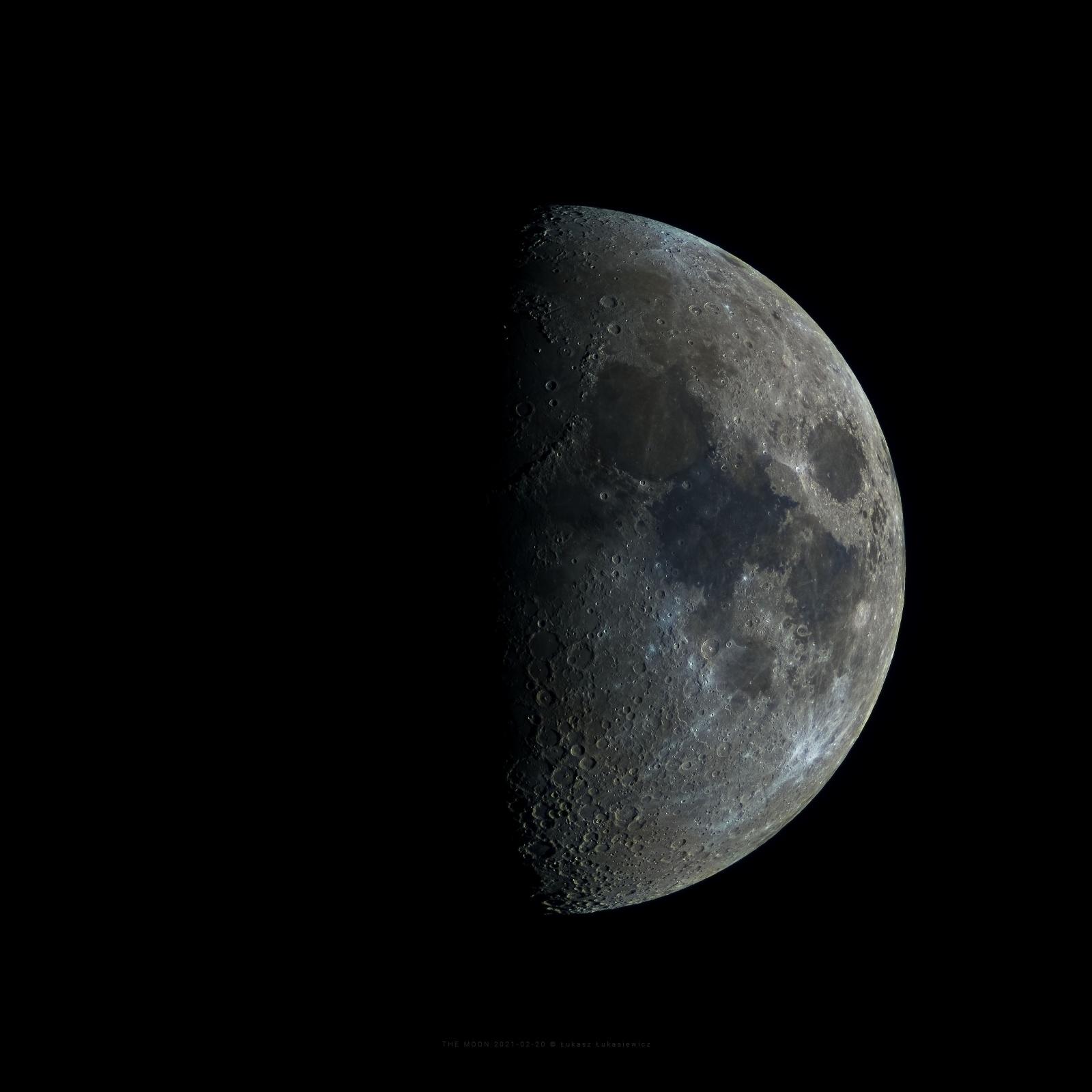 THE-MOON-2020-02-20.jpg