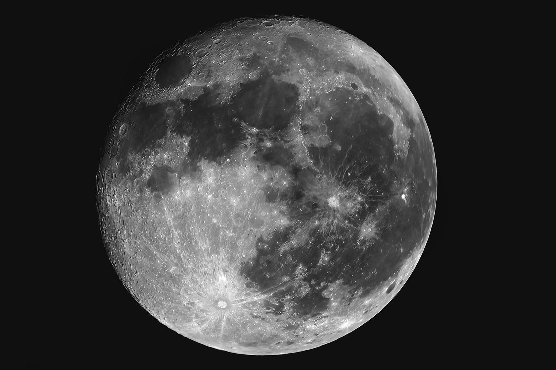 moon_1_sm.jpg