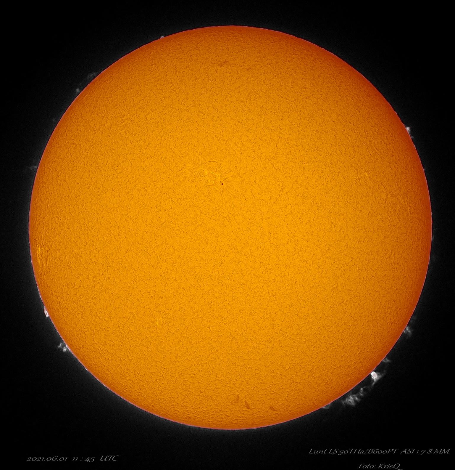 Sun_114515_ZWO ASI178MM_010621_lapl4_ap851_PS_stack_acdse.jpg
