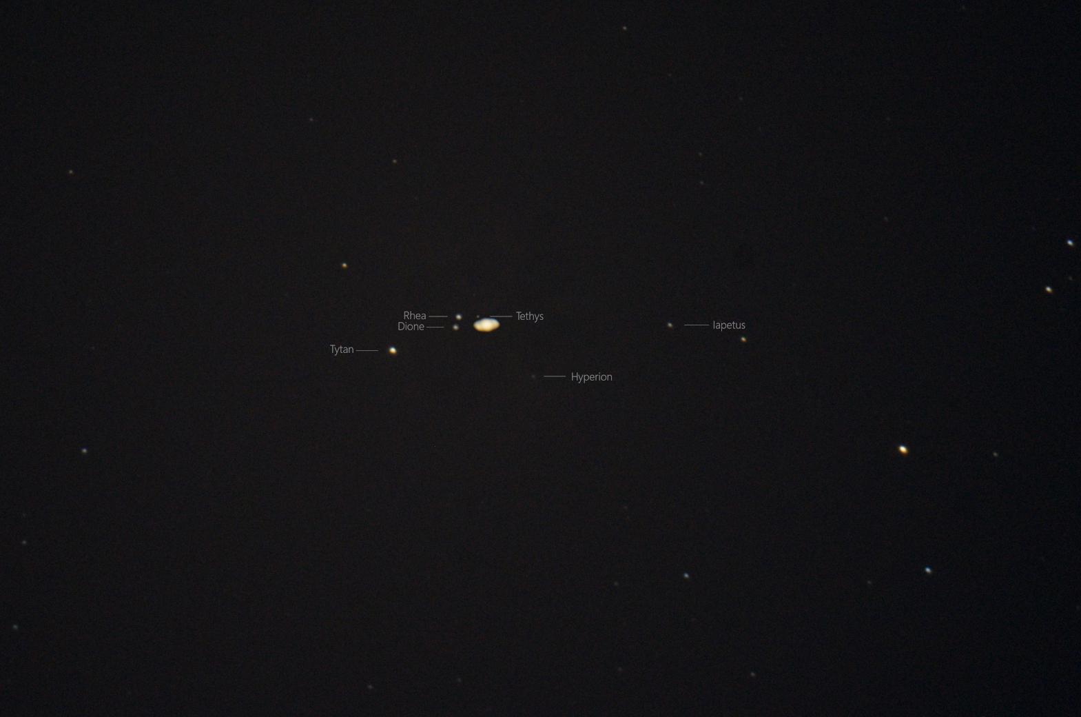 Saturn_ksiezyce_2021_09_08_opis.jpg