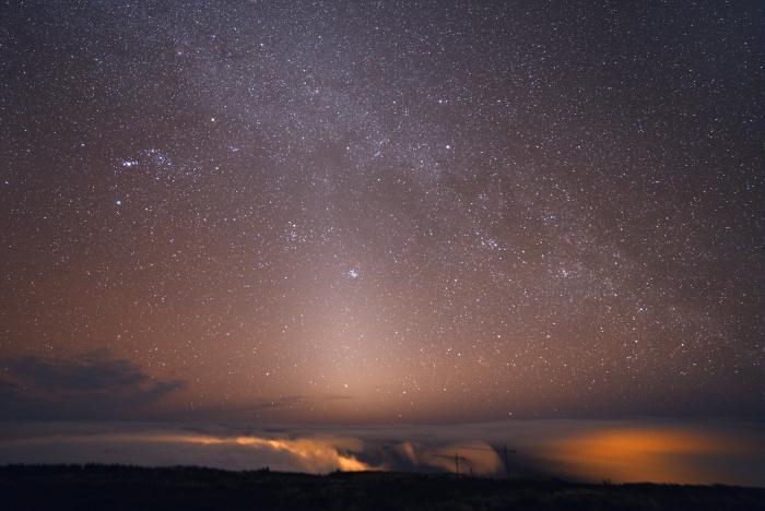 zodiacal_light_2.jpg