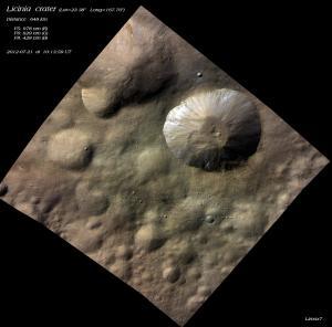 Licinia-krater-20120721-101359ut.jpg