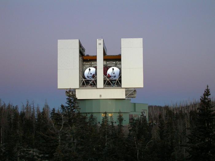 LargeBinoTelescope_NASA.jpg