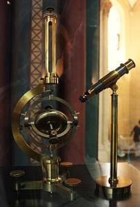 220px-Foucault's_gyroscope.jpg