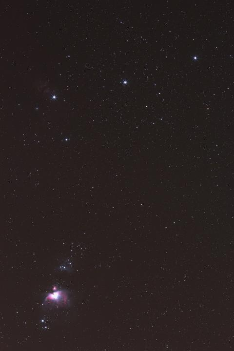 Orion 200mm @4,5 ISO1600 120s.JPG