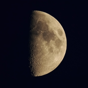 Księżyc I.kw+17h_ 12.10.2013r_ED80F600_75%_ENH.jpg