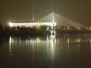 zdjecie,600,249412,20120317,stadion-narodowy-i-most-swietokrzyski-warszawa.jpg
