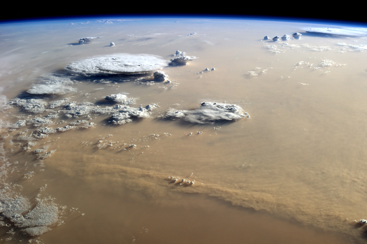 burza piaskowa.jpg